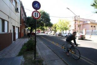 Proponen sumar 50 kilómetros de ciclovías y bicisendas en la ciudad - En los últimos años se han sumado algunas bicisendas más a la red de la ciudad. El pedido, ahora, es que se incorporen más a las avenidas troncales para unir a los barrios más alejados con el centro.  -
