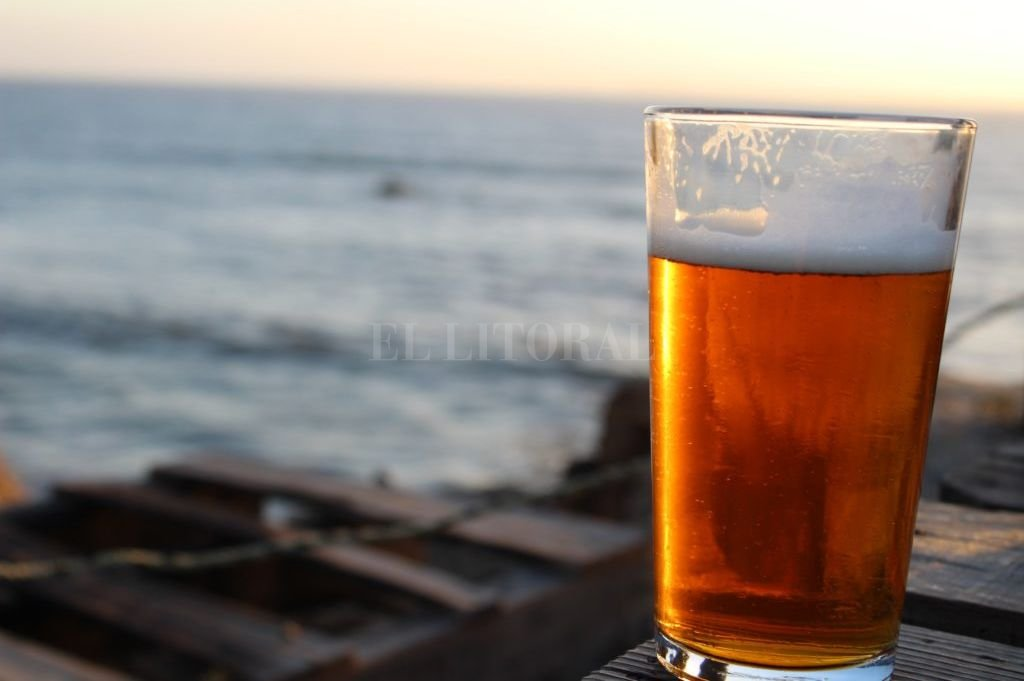 La primera cerveza argentina hecha con agua de mar