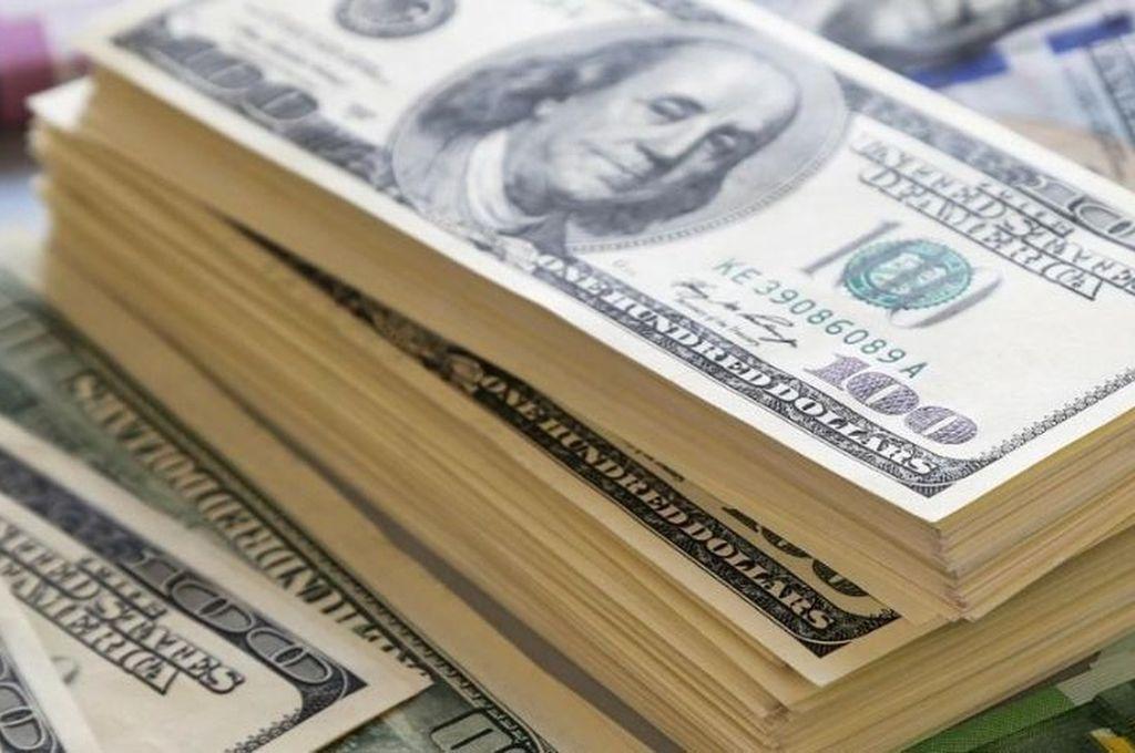 El dólar superó los $ 40 y registró su valor más alto en el año