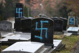 Francia: Profanaron 80 tumbas judías