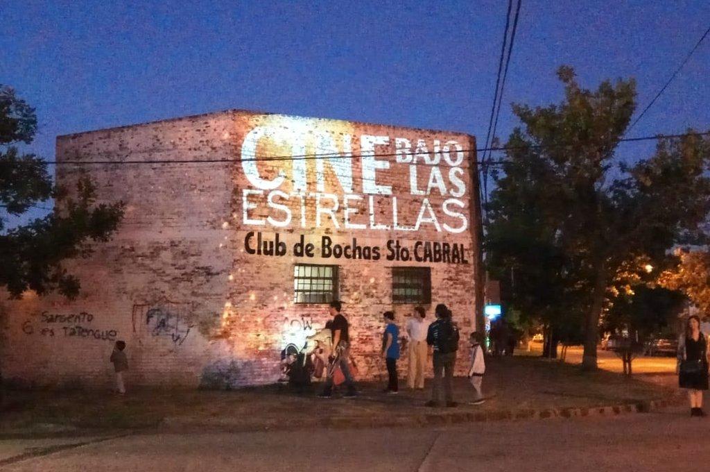 Segunda edición. En diciembre pasado se realizó la primera noche de cine bajo las estrellas. <strong>Foto:</strong> Gentileza