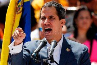 Guaidó llama a marchar a los cuarteles militares en apoyo de la ayuda humanitaria