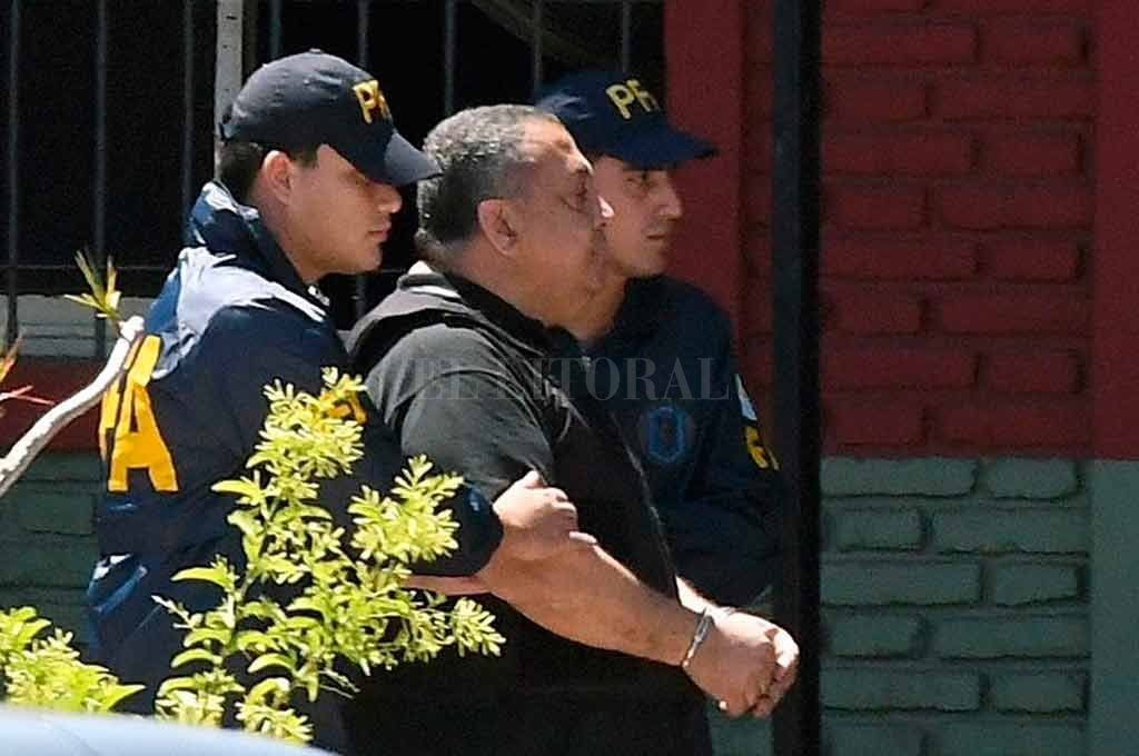 Ordenan la inmediata detención de Luis D´Elía