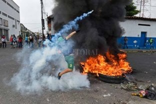 Maduro cierra fronteras con Colombia y se registran incidentes