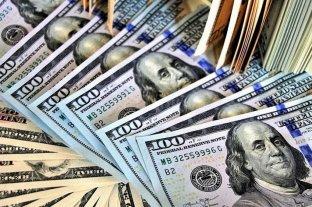 El dólar bajó la barrera de los $ 42 tras el anuncio de subastas hecho por Dujovne