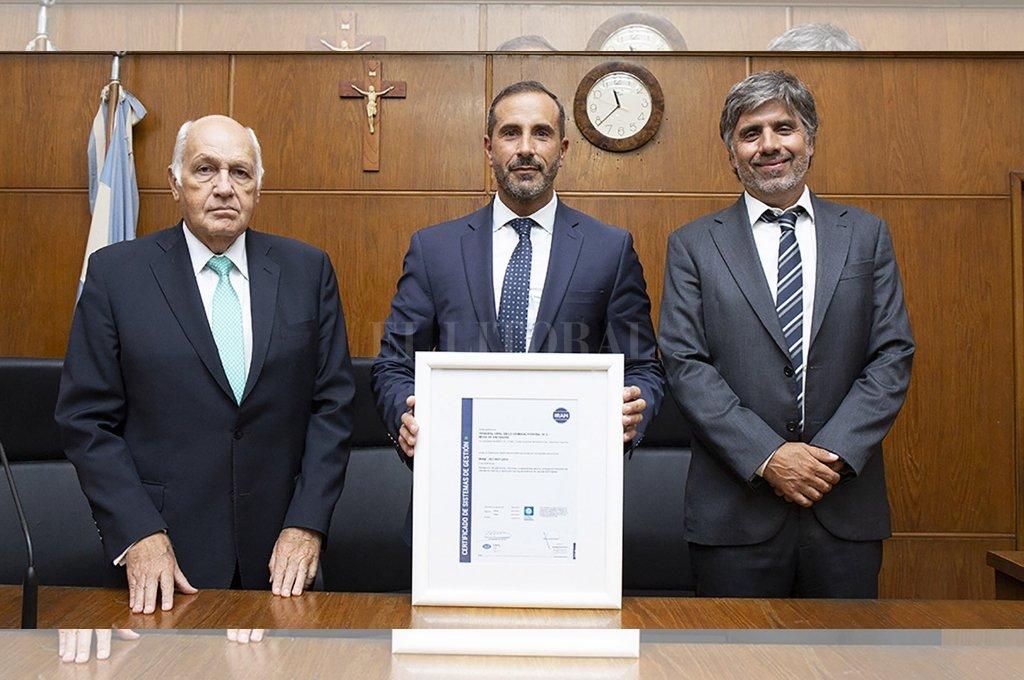 La la izquierda, Jorge Tassara, acompañado de sus colegas Jorge Gorini y Rodrigo Gimenez Uriburu, quienes continuarán con el juicio a la ex presidenta <strong>Foto:</strong> Archivo