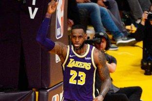 LeBron James superó Jordan en puntos obtenidos en la NBA