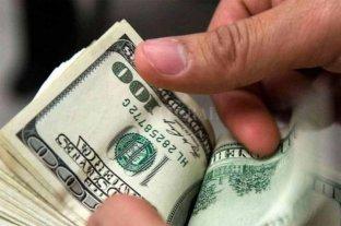 El dólar bajó 40 centavos y cerró a $ 42,97
