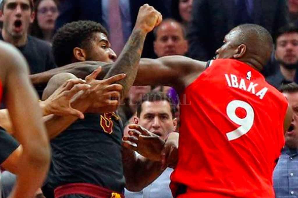 Pelea: Ibaka y Chriss se van a los golpes en la NBA