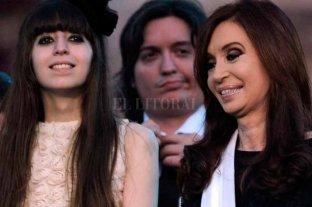 Cristina Kirchner viaja a Cuba por el estado de salud de su hija