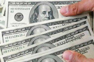 Dólar hoy: así cotiza este viernes en los bancos