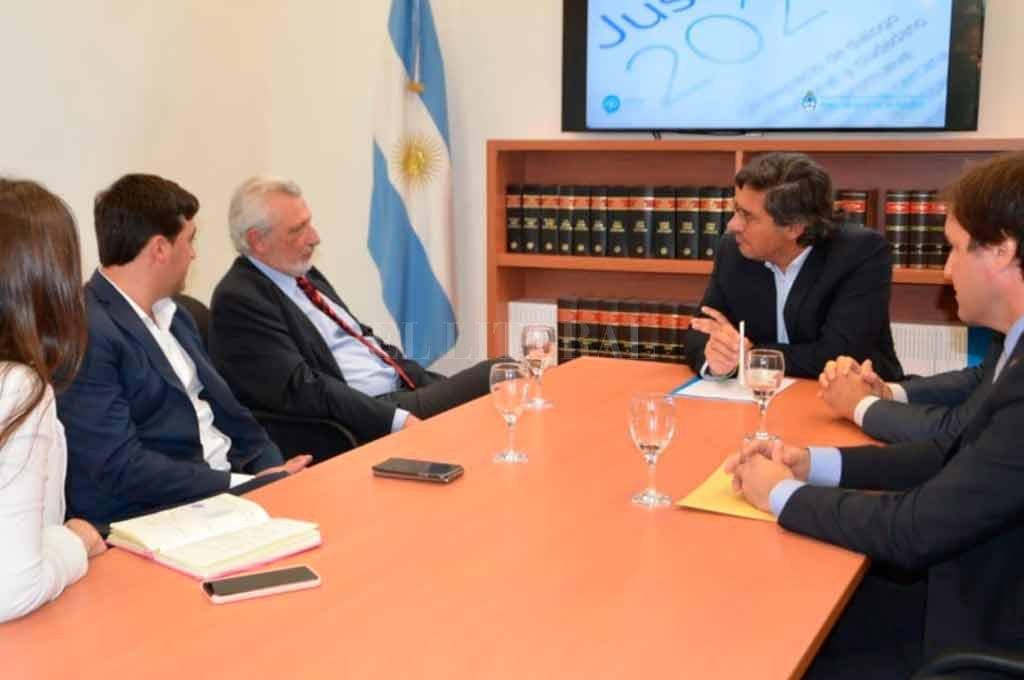 Garavano recibió al ministro santafesino para analizar temas de colaboración en el sistema judicial nacional y provincial. Crédito: Gobierno de Santa Fe
