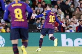 Con tres goles de Messi, Barcelona goleó y se acerca a un nuevo título