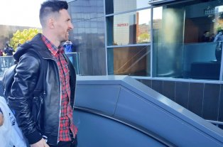 Messi llegó a Madrid para unirse a la Selección Argentina -  -