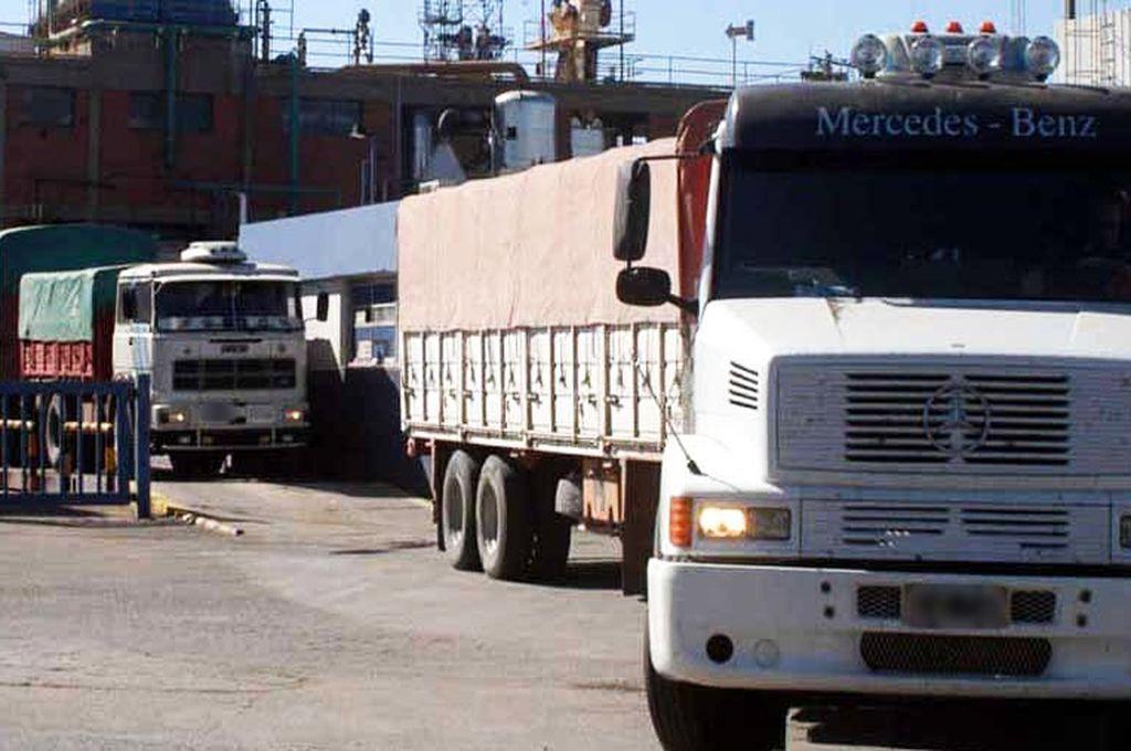 San Lorenzo: un camionero murió aplastado por su propio camión