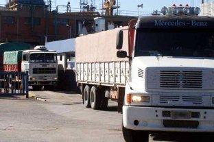 San Lorenzo: un camionero murió aplastado por su propio camión -  -