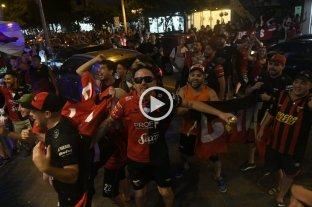 Banderazo sabalero en Lima -
