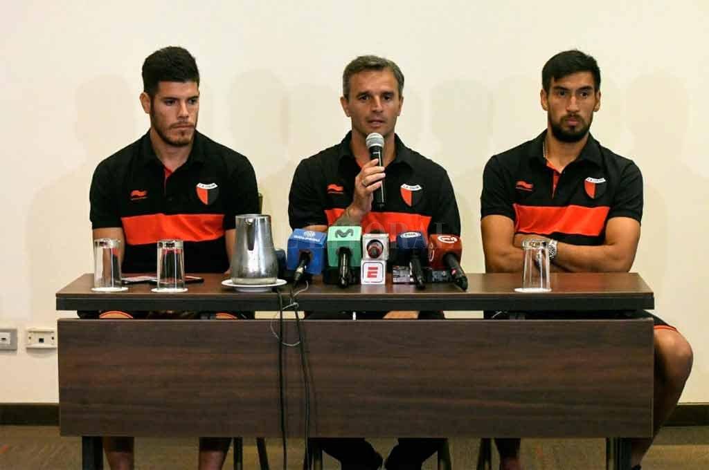 El técnico de Colón habló con los medios este lunes en la previa del partido Crédito: Carolina Niklison