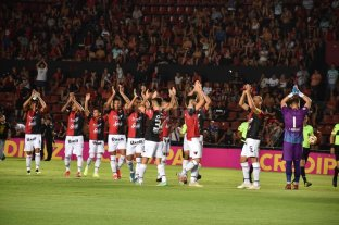 Colón inicia una nueva Copa Sudamericana ante Deportivo Municipal -  -