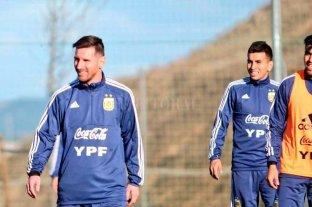 Argentina entrena pensando en los amistosos