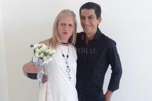 Se casó hace 20 días y la detienen acusada de intentar matar a su marido para heredar - La pareja feliz el día de su casamiento. -