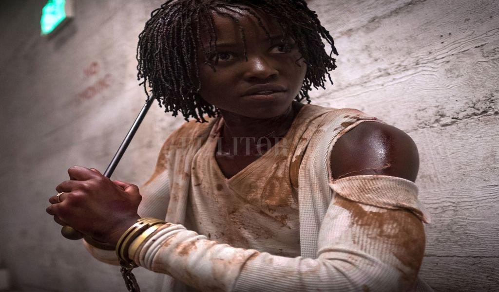 """Lupita Nyong'o estelariza """"Nosotros"""", como la madre de una familia acosada por su peor pesadilla. <strong>Foto:</strong> Gentileza Universal Pictures"""