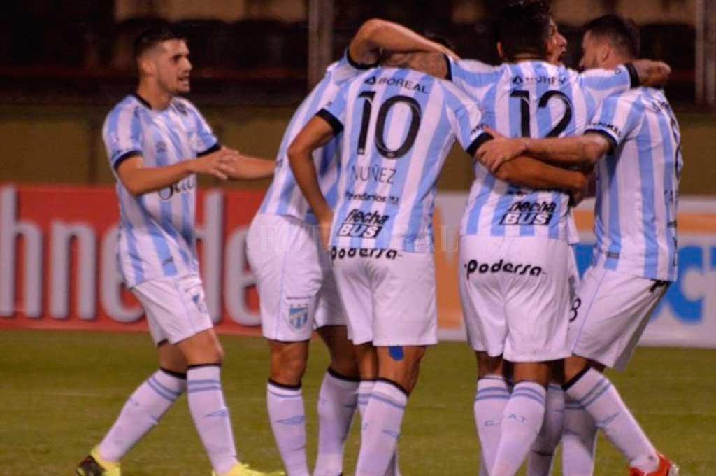 Atlético Tucumán ganó y accedió a los 16avos de final