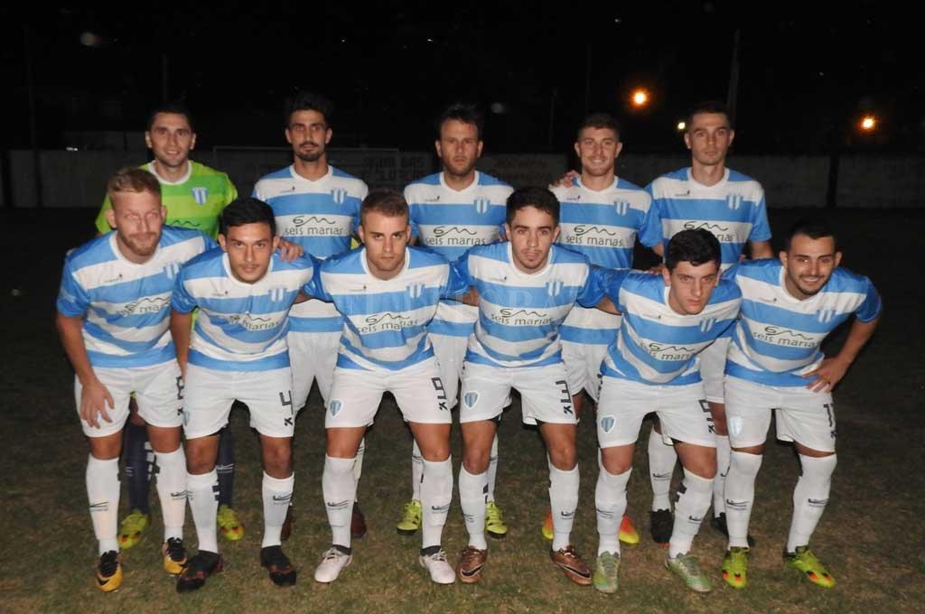 Argentino goleó a Pucará y es líder