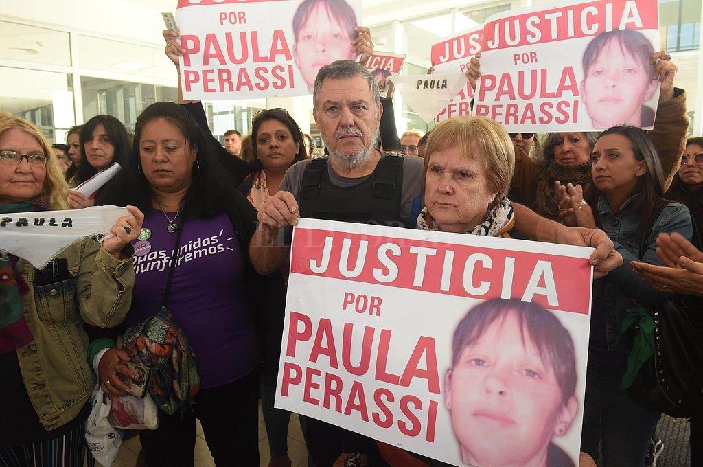 Familiares de Paula Perassi. <strong>Foto:</strong> Telam