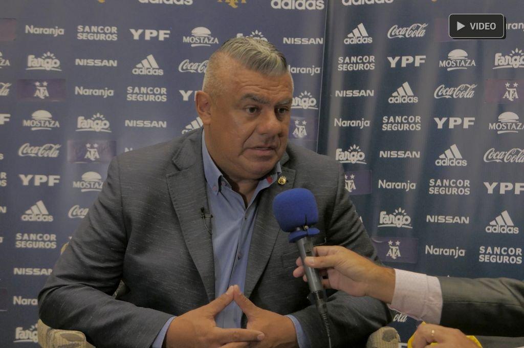 """""""Chiqui"""" Tapia: """"Messi vuelve porque quiere mucho a la Selección Argentina"""""""