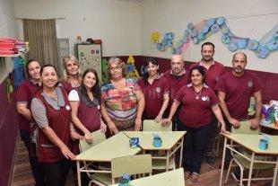 La escuela primaria del IES celebró su décimo aniversario - Los primeros 10 años aunaron agradecimientos a los niños, docentes, asistentes escolares y directivos que lo hicieron posible. -