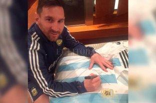 La camiseta autografiada de Messi puede ser tuya: ¡participá del concurso! -  -