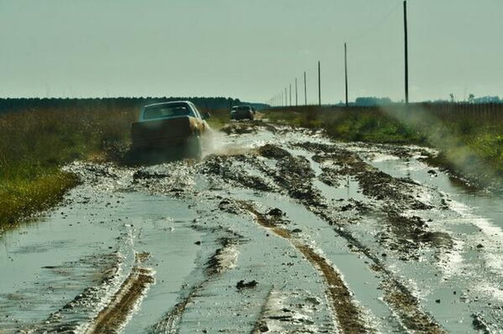 Sin caminos no hay producción ni gente en el campo