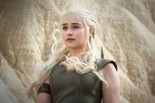 """Emilia Clarke reveló que sufrió dos aneurismas durante la filmación de """"Games of Thrones"""" - Emilia Clarke."""