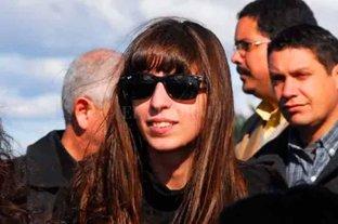 Florencia Kirchner pidió quedarse 45 días más en Cuba -  -
