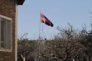 El robo de una bandera de Colón terminó en un crimen
