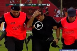 Copa Argentina: incidentes con hinchas de Newell´s en el 15 de Abril -  -