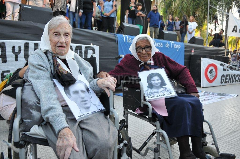 """""""Queca"""" Kofman y Otilia Acuña. Dos símbolos santafesinos de la lucha por los derechos humanos. <strong>Foto:</strong> Eduardo Edmundo Seval"""