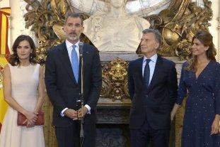 Macri le dio la bienvenida a los Reyes de España -  -