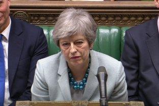 Theresa May admite que no tiene suficientes votos para aprobar su acuerdo del Brexit