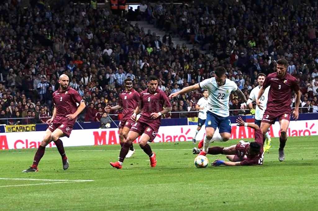 Argentina juega con Marruecos sin Messi -  -