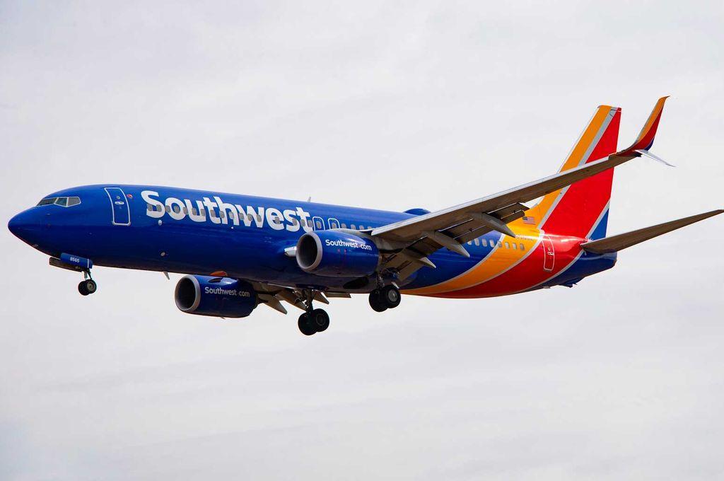 Un Boeing 737 MAX-8 de Southwest Airlines tuvo que aterrizar de emergencia en Orlando