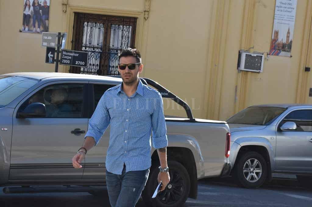 El basquetbolista ingresó a tribunales a las 9.45 del miércoles y salió tras casi una hora de audiencia indagatoria. Crédito: Guillermo Di Salvatore