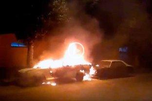 Video: quemaron una camioneta en Guadalupe oeste