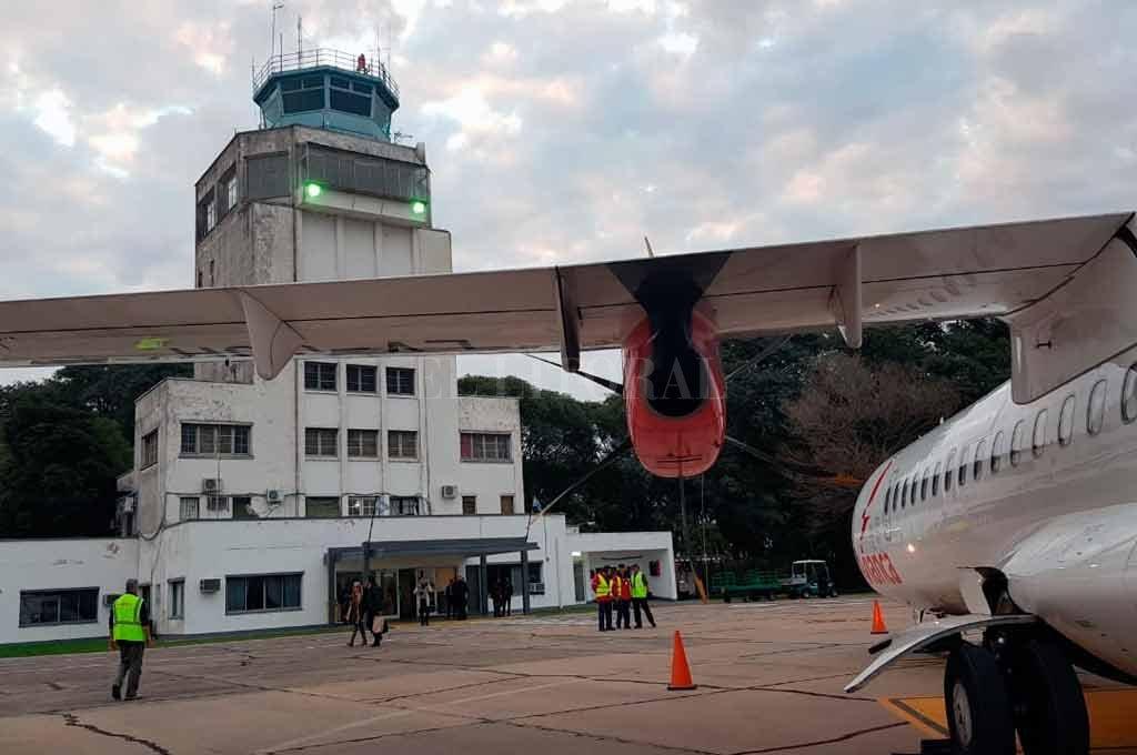 EXPECTATIVAS. La compañía Flyest, que ya conecta Santa Fe con Aeroparque, desde mayo estaría en condiciones de operar dos frecuencias semanales vinculando la terminal aérea de Reconquista con Sauce Viejo y la aerostación del centro porteño. <strong>Foto:</strong> Archivo El Litoral
