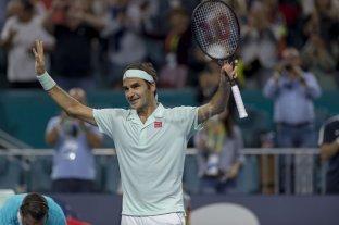 Federer se convirtió en el tenista con más semanas entre los 100 mejores