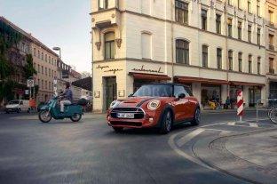 Los nuevos Mini 3 y 5 puertas llegan al mercado argentino