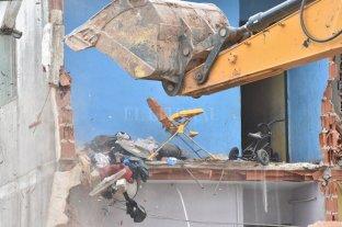 Demolieron la Torre 18 de barrio Acería