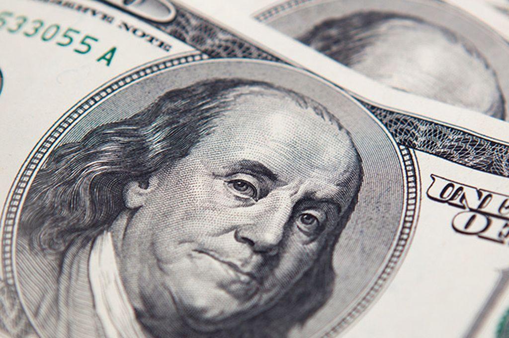 El dólar cerró la semana a $ 43,28