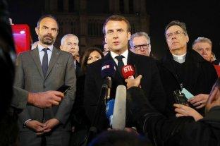 Macron anunció que reconstruirán la catedral de Notre Dame
